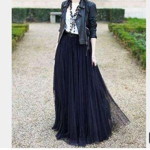 Dresses & Skirts - Black Tulle Maxi Skirt